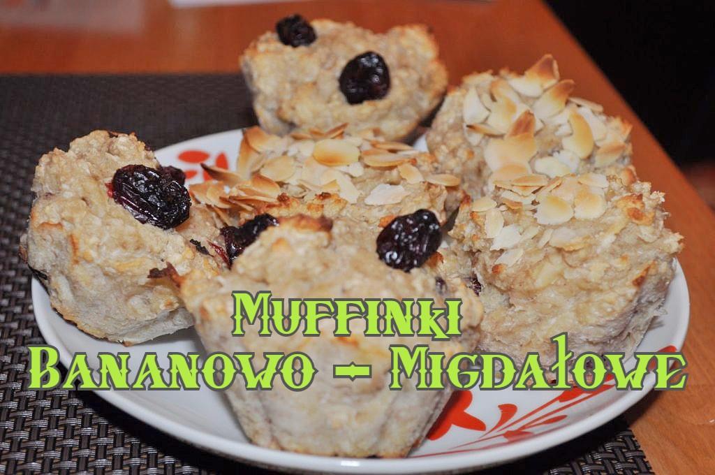 Muffinki z bananem i mąką migdałową