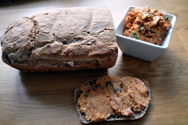 Pasta z indyka i suszonych pomidorów